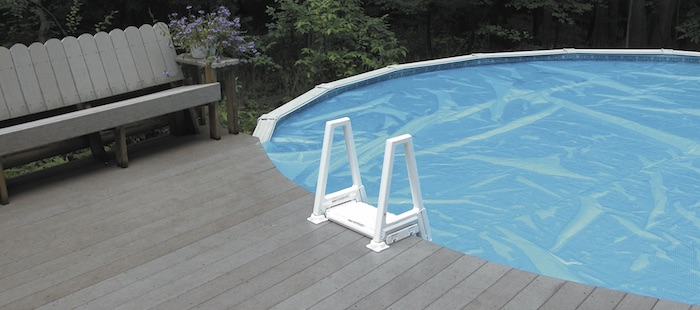 above ground pool with solar cover