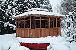 hot-tub-gazebo in winter