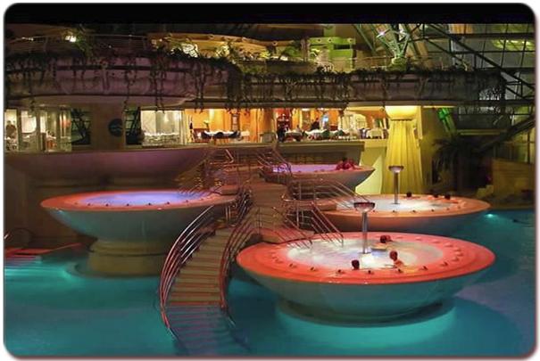 luxurious-spas-hot-tubs-20