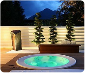 12 Spectacular Spas & Hot Tubsthumbnail image.